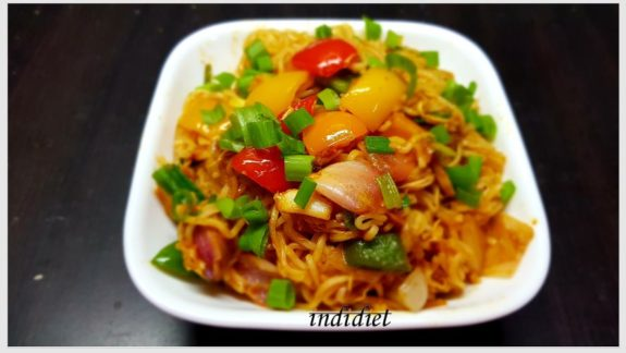 Chicken Hakka Noodles with Maggi